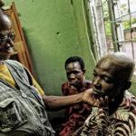 Incontro con Grégoire, l'uomo che da oltre 30 anni libera i fratelli africani dalle catene